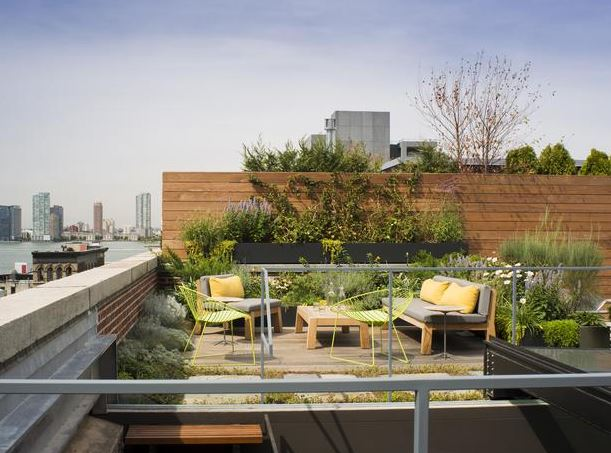 Ciptakan Rooftop Garden Pada Atap Rumahmu, Yuk