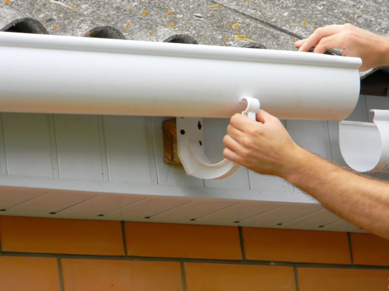 Ketahuilah Lebih Dulu 3 Jenis Talang Air Sebelum Dipasang Pada Rumah Anda